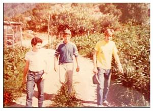 En el cerro El Avila con Salomón Cohen, Dani y Ariel